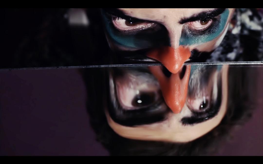 Extrait du clip vidéo Tu pu du cu réalisé par Romain Winkler