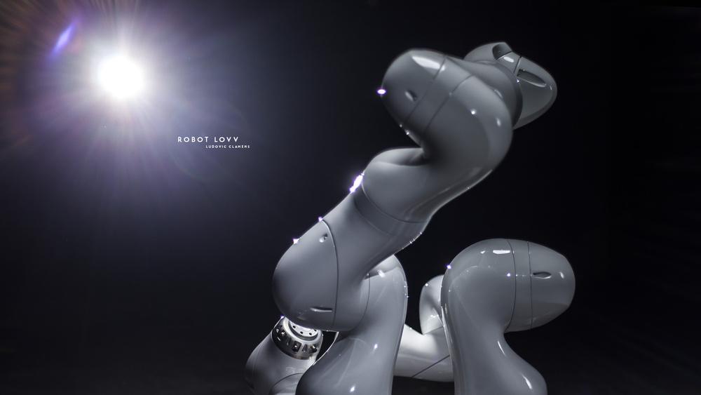 Robot Love sont des robots créent par par l'agence Realtime Robotics