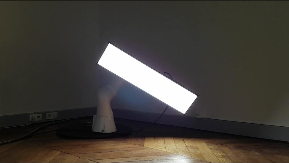 Installation interactive développée par Ludovic Camens, de l'agence Realtime Robotics
